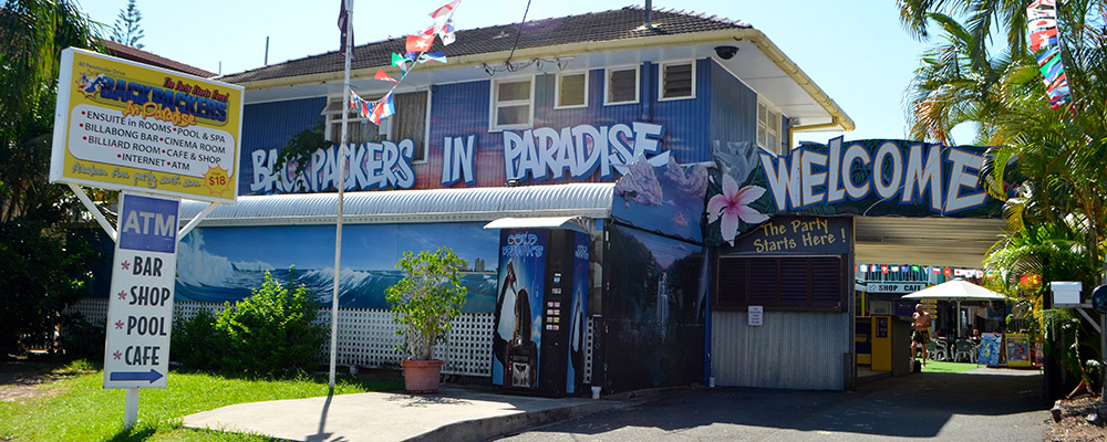 Backpackers-In-Paradise-Surfers-Paradise