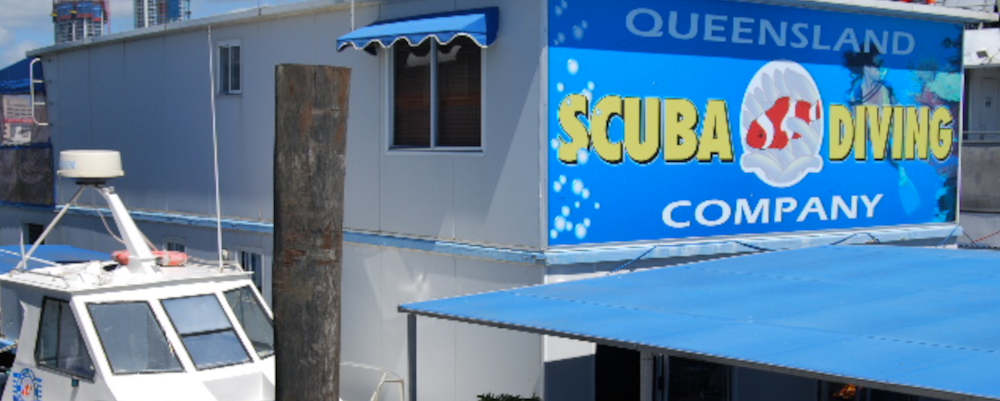 This image has an empty alt attribute; its file name is Queensland-Scuba-Diving-Company-Main-Beach.jpg